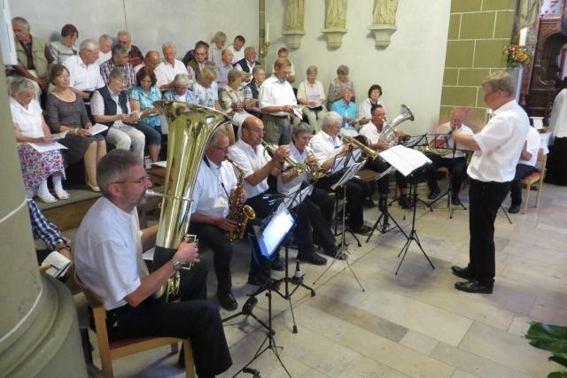 70. Glatzer Wallfahrt in Telgte 2016: Das Buckow-Waldsieversdorfer Blasorchester begleitet den Festgottesdienst.
