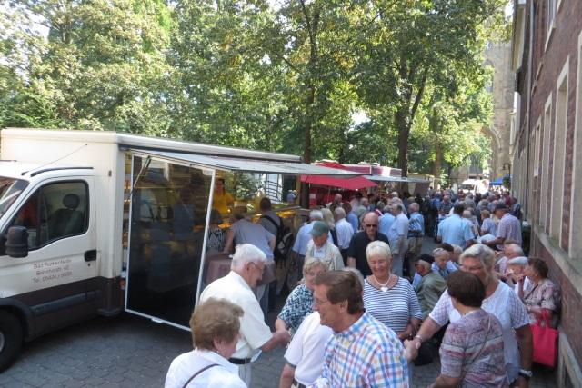 70. Glatzer Wallfahrt in Telgte 2016: Reges Treiben an den Ständen